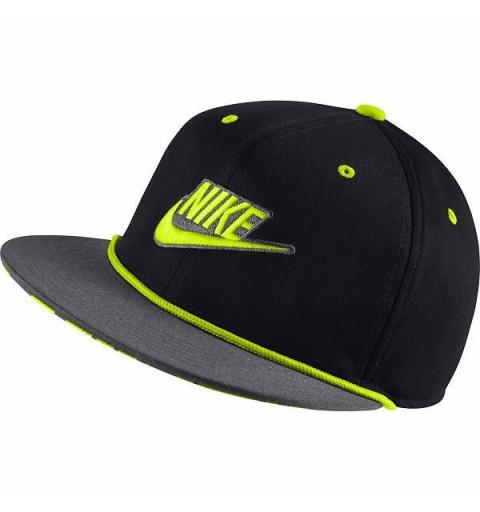 Gorra Nike Youth Negra-Volt