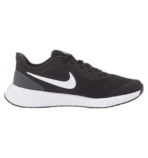 Nike Revolution 5 Negra/Blanca